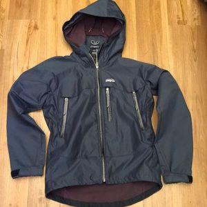 Patagonia hosed rain / windbreaker Jacket s
